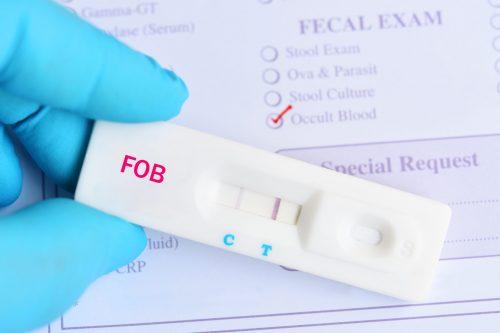 Teste de sangue oculto nas fezes (FOBT) positivo